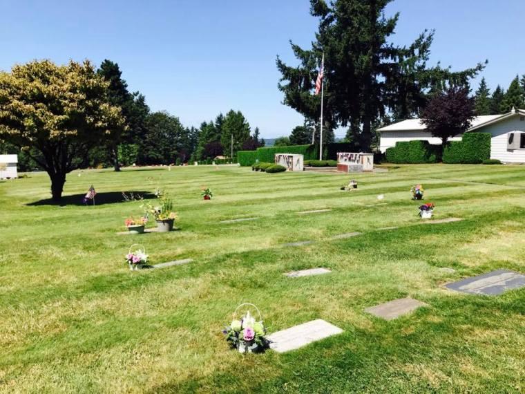 Hillcrest Burial Cemetery_KENT_gravesites